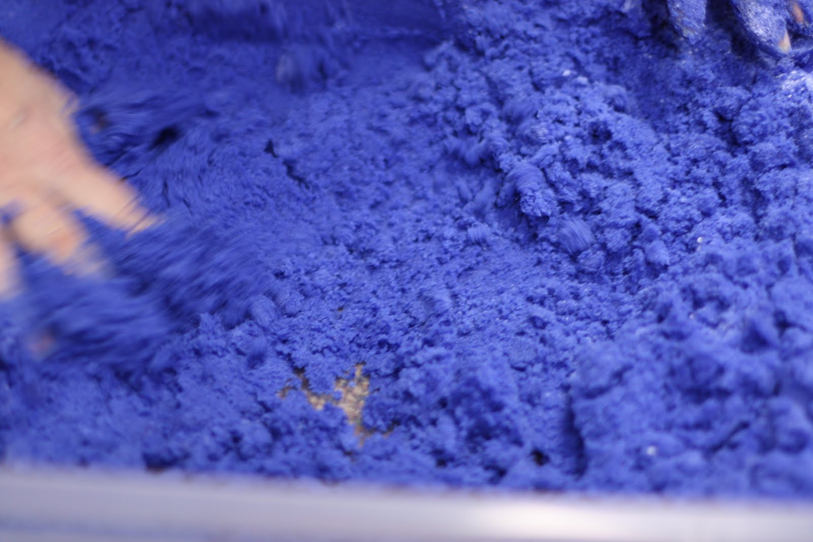 Make Your Own Moon Sand - Fairy Dust Teaching
