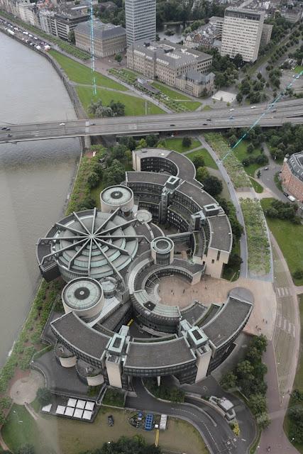 Rheinturm Dusseldorf circular building