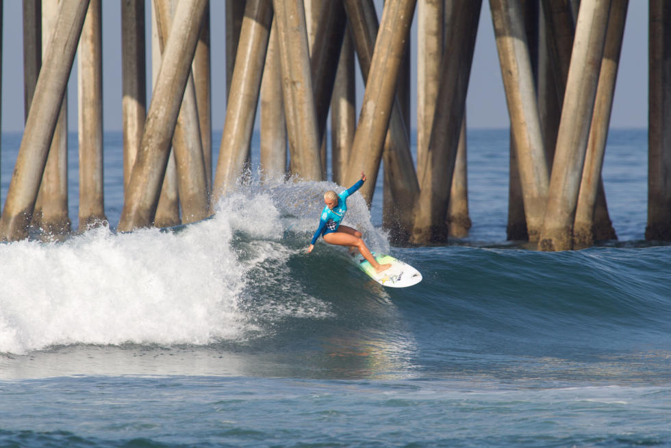 13 Tatiana Weston Webb Vans US Open of Surfing foto Sean Rowland WSL