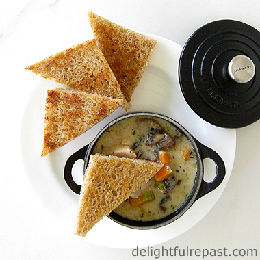 Chicken Chowder / www.delightfulrepast.com