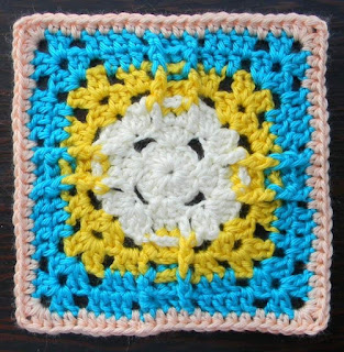 Free Granny Square Crochet Pattern - Pineapple Sun 6""