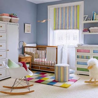 Dormitorio bebé mucho color