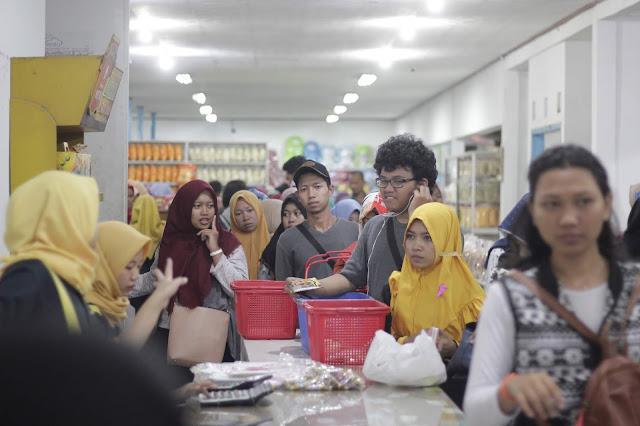 Jadi Baru Kebumen 2018 Tour To Bandung, Best Momen- mampir untuk beli oleh oleh dari bandung 1