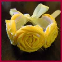 Pulsera de rosas de tela