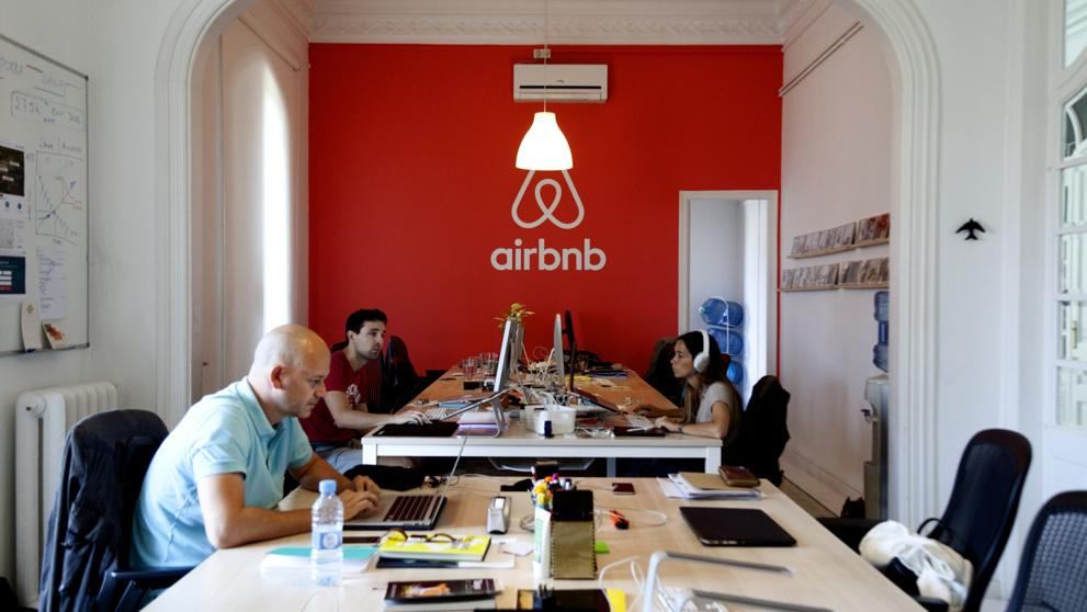 Nuevas oficinas de airbnb en barcelona aeroleo for Oficinas de fecsa endesa en barcelona