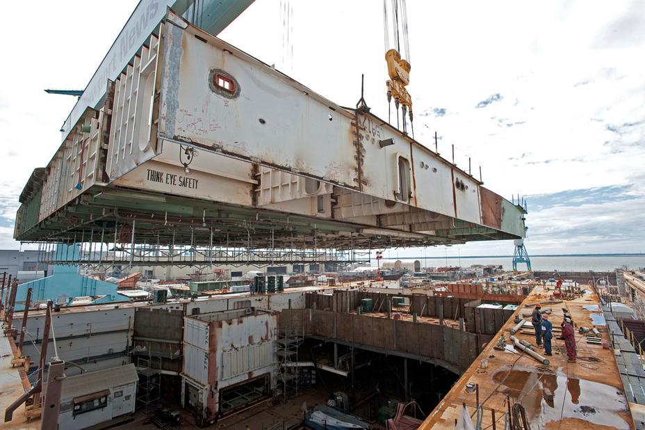 США нарощує темпи будівництва авіаносців