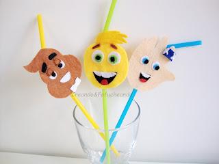 https://creandoyfofucheando.blogspot.com.es/2017/09/3-emojis-en-fieltro-para-decorar-tus.html