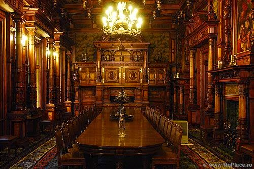 Corvin castle Dining room