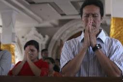 Prayers for Sunda Strait Tsunami Victims Replace Christmas Celebrations