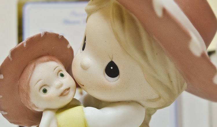 Precious Moments Collectible Figurines