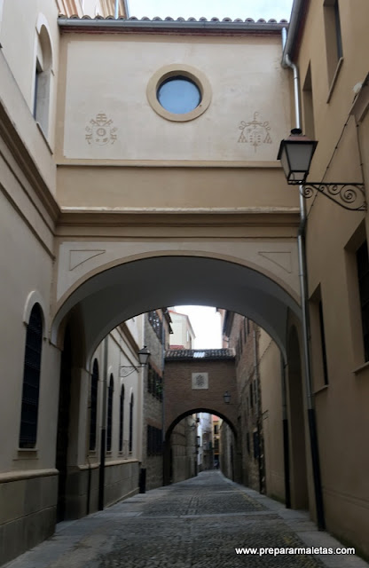 Arcos en las calles de Plasencia
