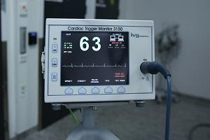 معدات التشخيص  ECG لمراقبة دقات القلب