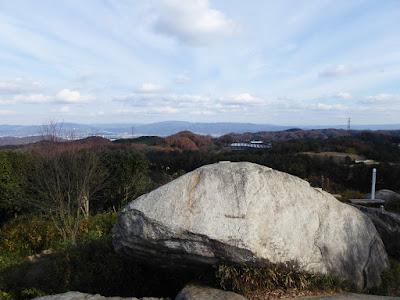 交野山 頂上からの眺め 東側 ゴルフ場(交野カントリー倶楽部)