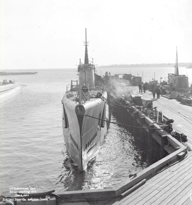 3 January 1941 worldwartwo.filminspector.com USS Gar USS Mackerel
