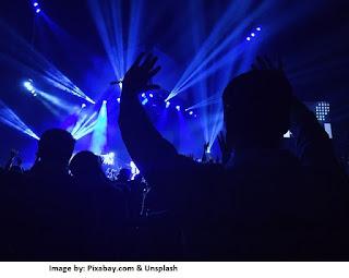 Puisi Music DJ (Disk Joky) Penghilang Beban