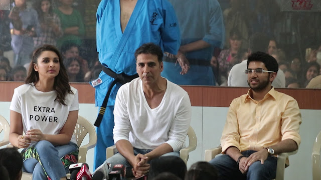 Akshay, Aditya Thackeray And Parineeti Chopra At Women Self Defence Graduation Day