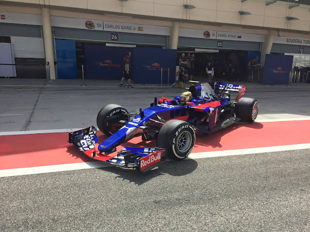 Sean Gelael kalahkan Vettel