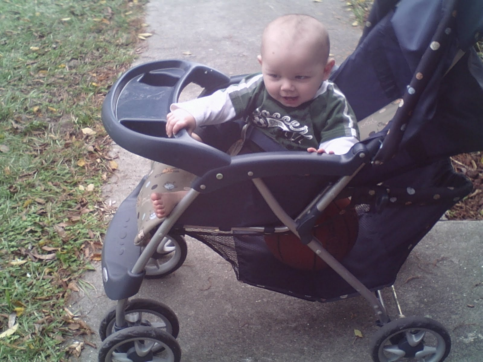 Babies like stroller walks