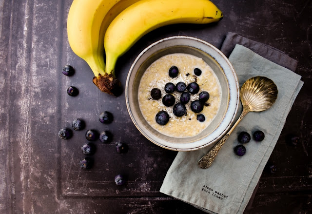 Creamy Blueberry, Banana and Coconut Porridge