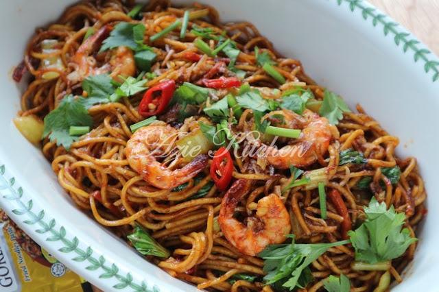 mee goreng sedap  mudah  berbuka puasa azie kitchen Resepi Mee Goreng Ratna Enak dan Mudah