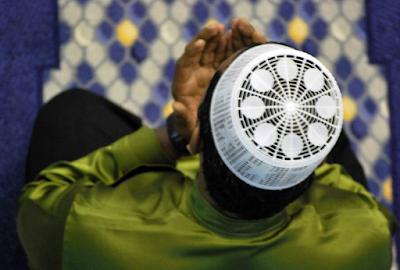 Bacaan Lengkap Doa Setelah Sholat Fardhu