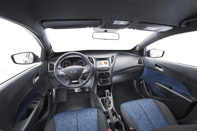 Hyundai HB20X JBL Concept - interior