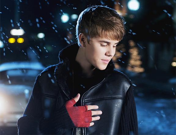 Video: Justin Bieber - Mistletoe