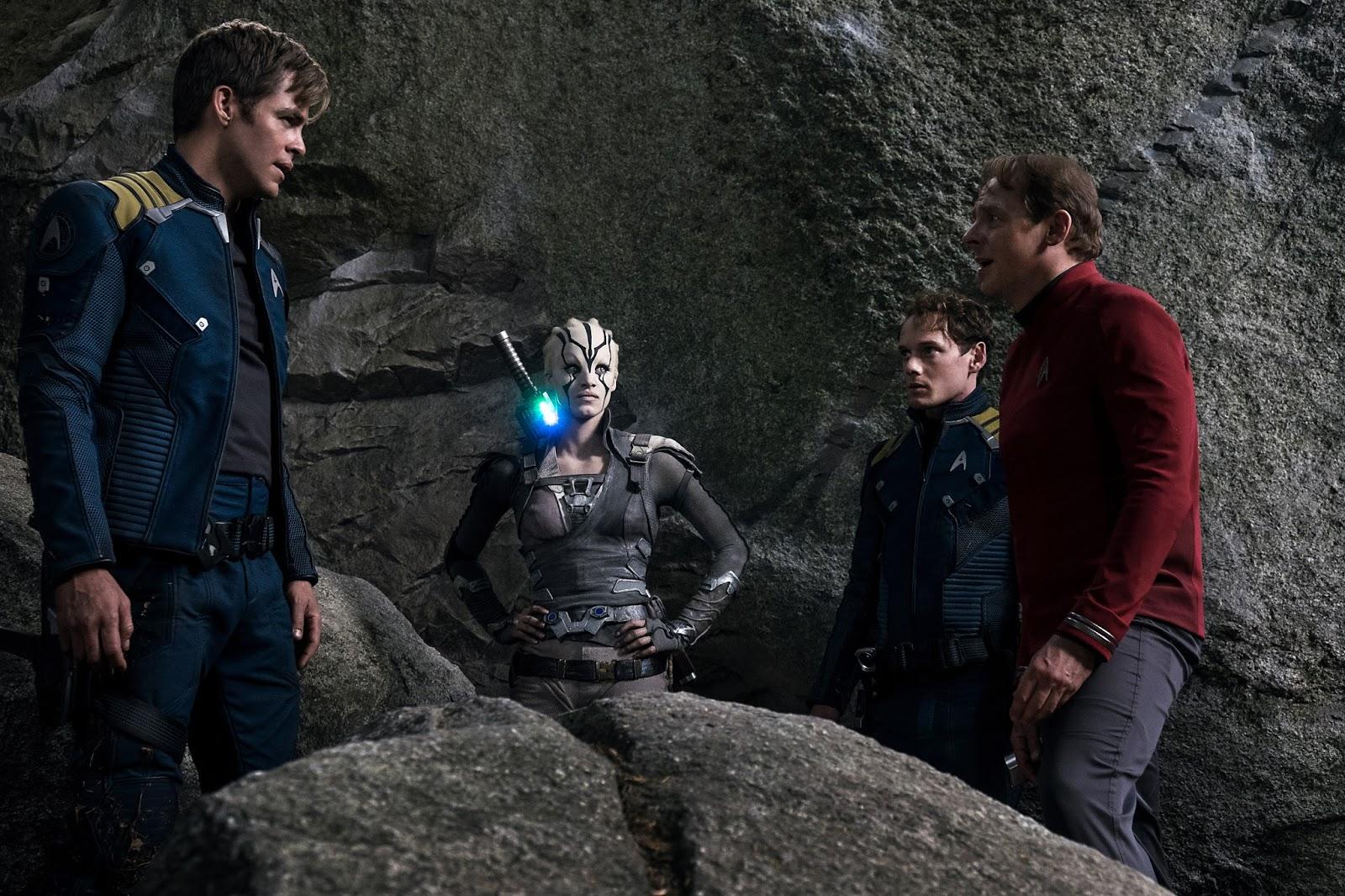 Joel vs. Los Monstruos: Star Trek: Sin límites ***