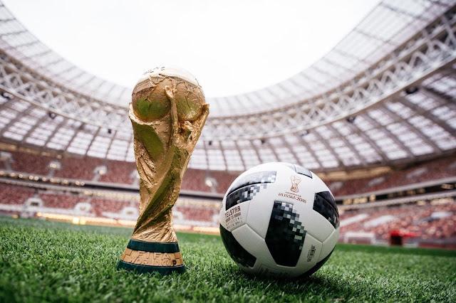 Παγκόσμιο Κύπελλο Ποδοσφαίρου 2018, μπάλα και τρόπαιο