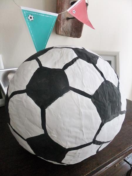 Mottogeburtstag Fußballpiniata