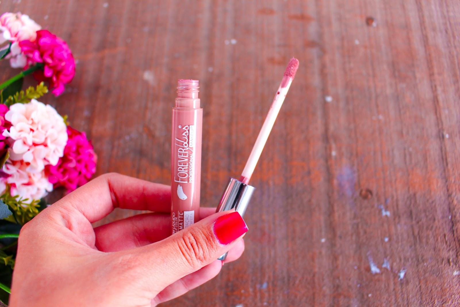 Você Precisa Conhecer as Maquiagens da Forever Liss
