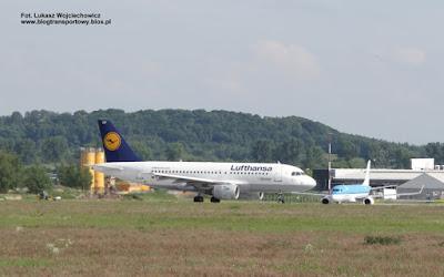 Airbus A319-100 i Embraer ERJ-190, Lufthansa i KLM, Krakow Airport