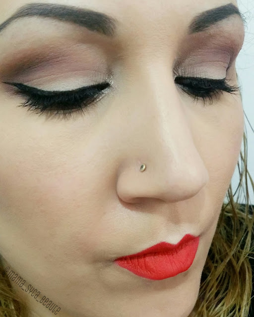 crayon-lipstick-lord-and-berry-swatch--avis-revue-blog-beaute-mama-syca-beaute