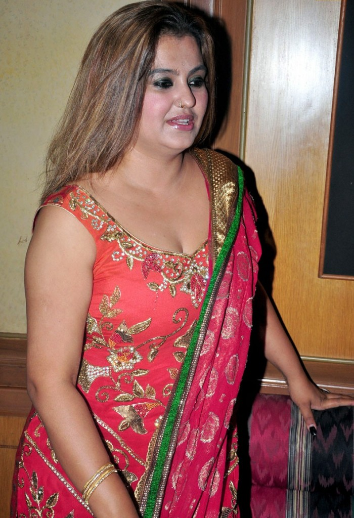 Deepika padukone naked hot