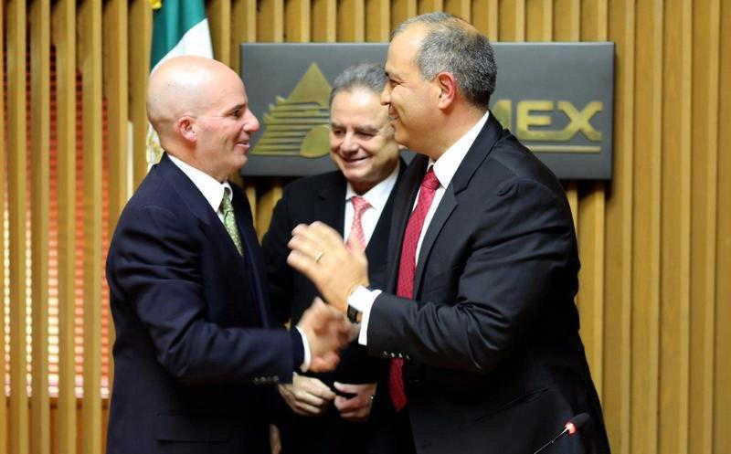 Tope salarial de AMLO no aplica en Pemex; directivos ganarán hasta 179 mil pesos mensuales.