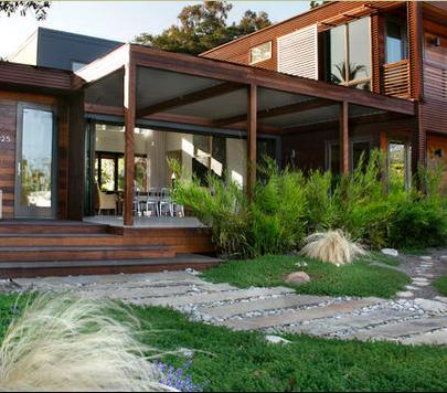 Fotos de terrazas terrazas y jardines im genes de casas for Fotos de casas modernas con jardin