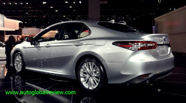 Toyota Camry Hybrid USA