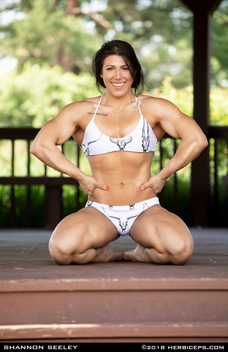 naked female pregnant bodybuilders