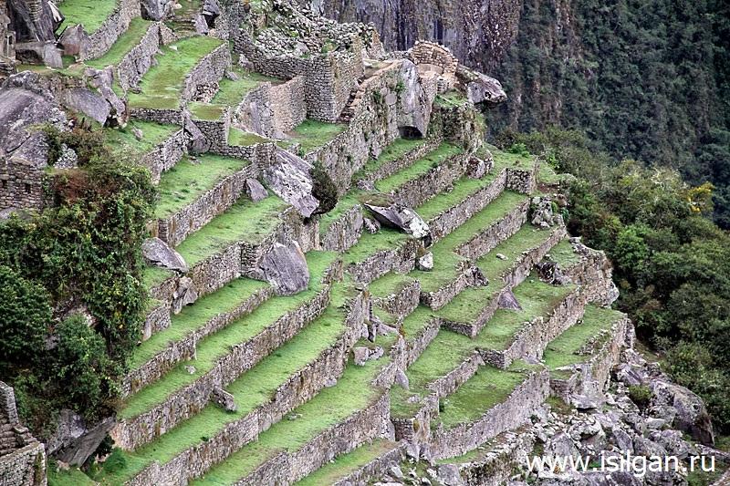 Древний город инков Мачу-Пикчу (Machu Piсchu). Гора Мачу-Пикчу (3061). Перу
