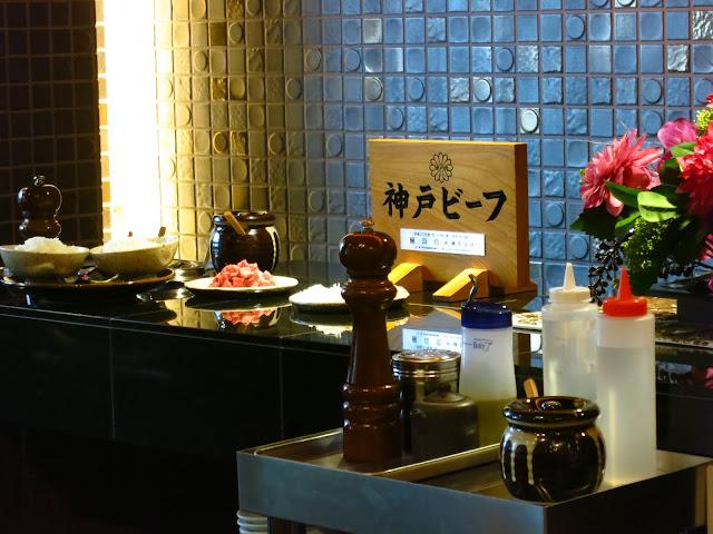 Best Kobe Beef in Kobe. Wagyu, Matsusaka, Matsuzaka, Kitanozaka, menu, price, moriya, mouriya, steakland, sannomiya, tokyo, osaka, kobe, ishida Kobe Beef steak Teppanyaki restaurant Steak. A5 BMS 12. 神戸 牛. 石田 屋. Tokyo Consult. TokyoConsult.