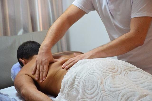 Massagem Relaxante, São José SC, (48) 3094-5746 - Vico Massagista, Clínica de Massagem Terapêutica, Massoterapia, Quiropraxia e Acupuntura - São José SC.
