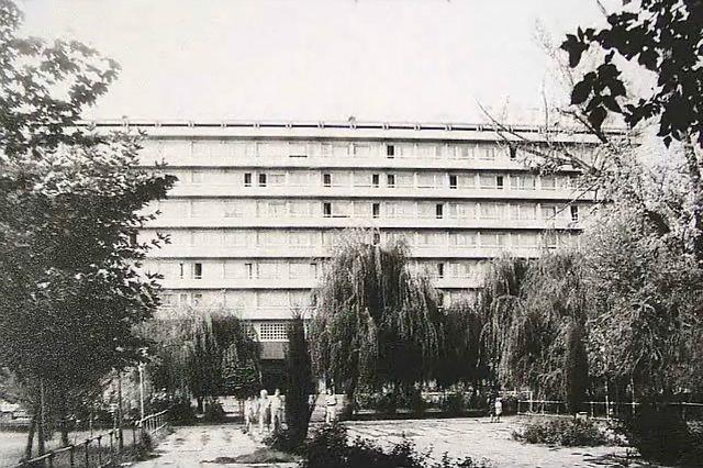 Гостиница Таджикистан. Фото города Душанбе 60-ых годов и фото тех же мест в 2015 году.