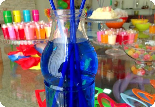 Água com Corante para Festa na Piscina