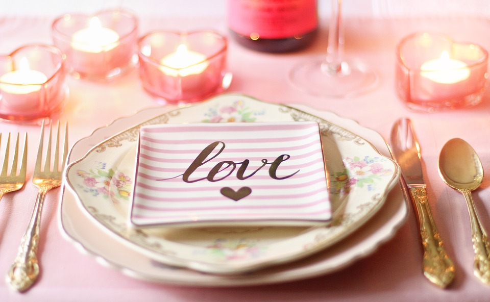 Vintage Inspired Valentines Tablescape