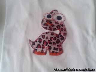 camiseta-niño-patchwork-dinosaurio
