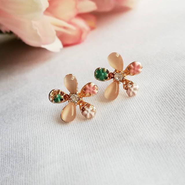 Dijual perhiasan emas imitasi impor indah berkualitas KWANG EARRING, Toko Online Jakarta