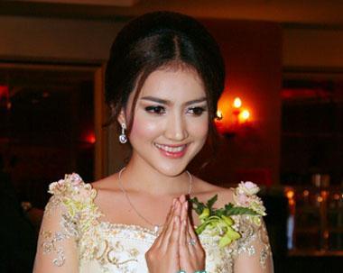 Cambodia Dress: 2011-07-10