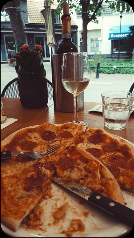 Pizza Salsicce mit Gorgonzola | Arthurs Tochter Kocht von Astrid Paul