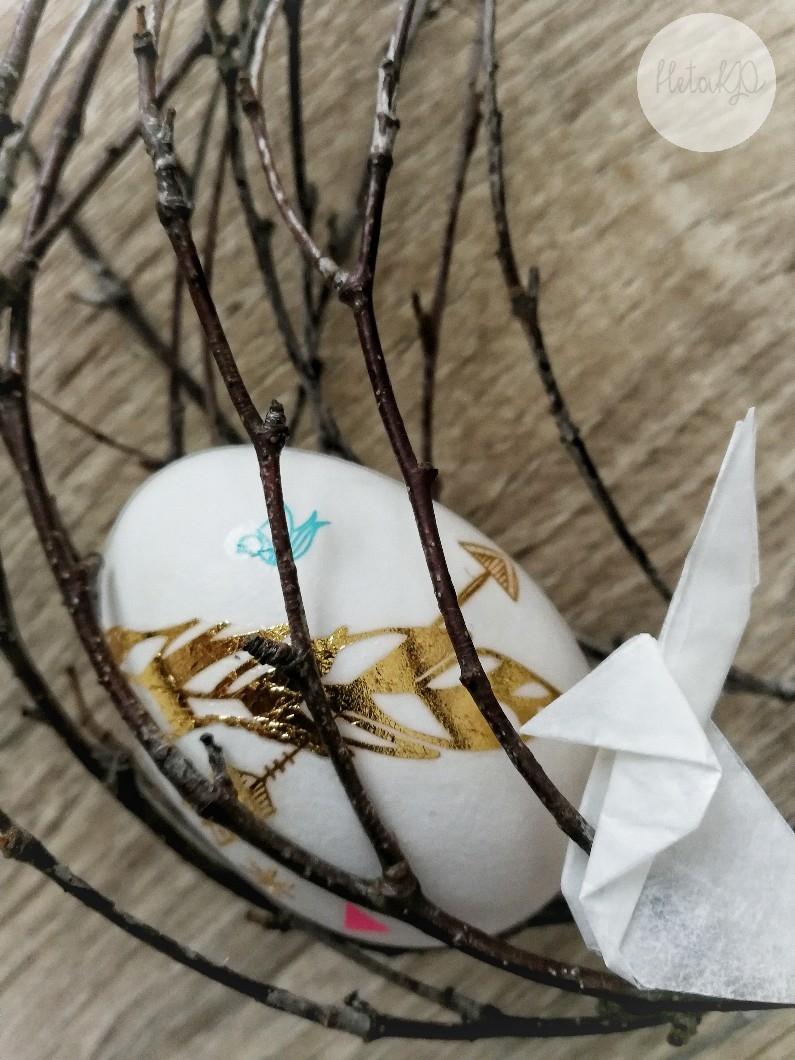 Tatuointi, diy, pääsiäismunien koristelu, decoupage