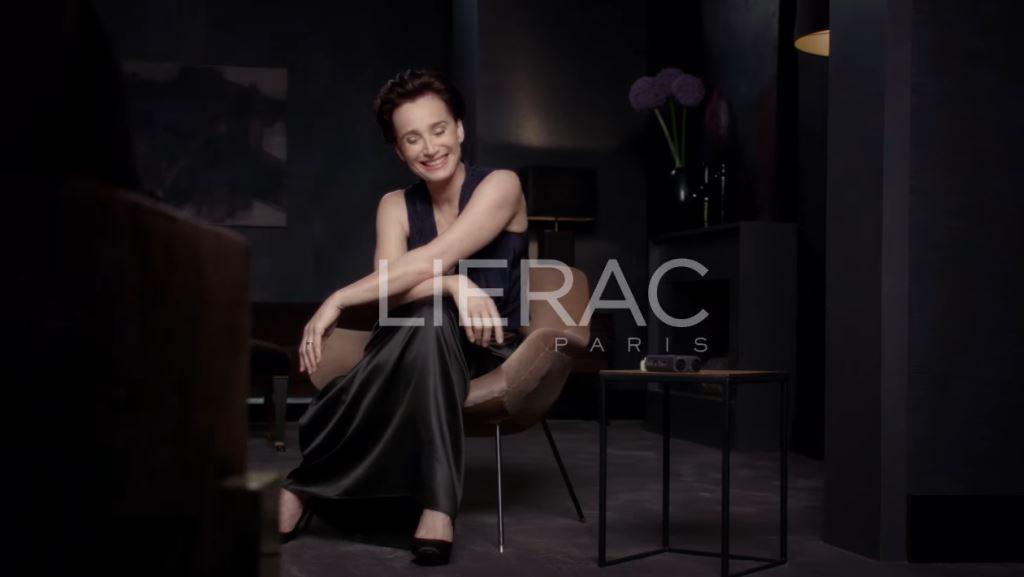 Modella Lierac pubblicità premium anti eta' - Ecco chi è e quanti anni ha - Spot 2016